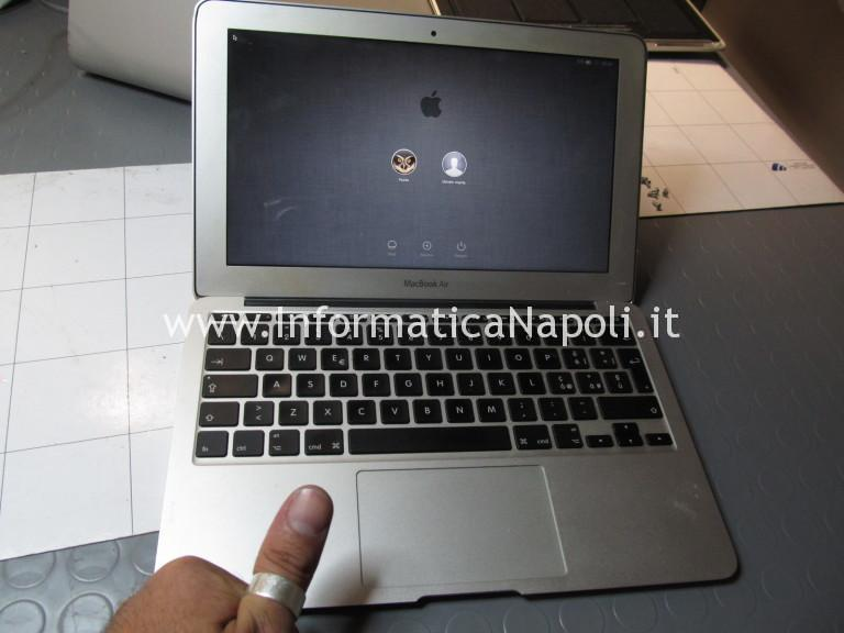 MacBook Air 11 bloccato o non si accende