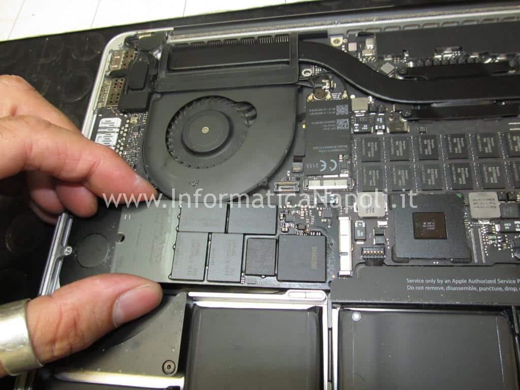 problema spegnimento improvviso macbook pro 15 retina 2013 2014 2015 820-00163-A 820-00138-A 820-3662-A 820-3332-A