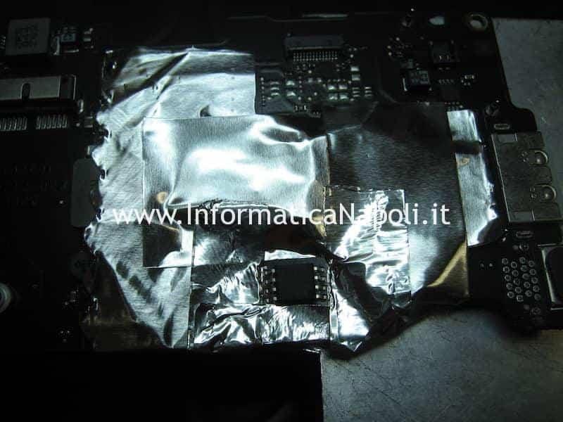 programare e ripristino flash bios EFI MacBook Air 11 A1370   A1465 820-2796-A SST 25VF032B
