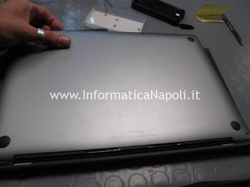 apertura scocca MacBook 15 retina 2016 | 2017 touchbar A1707