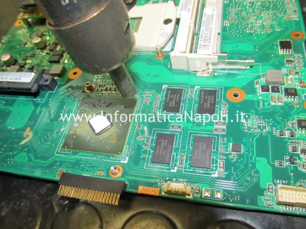 come riparare chip video Toshiba L670D-11M ATI Mobility Radeon HD 5650