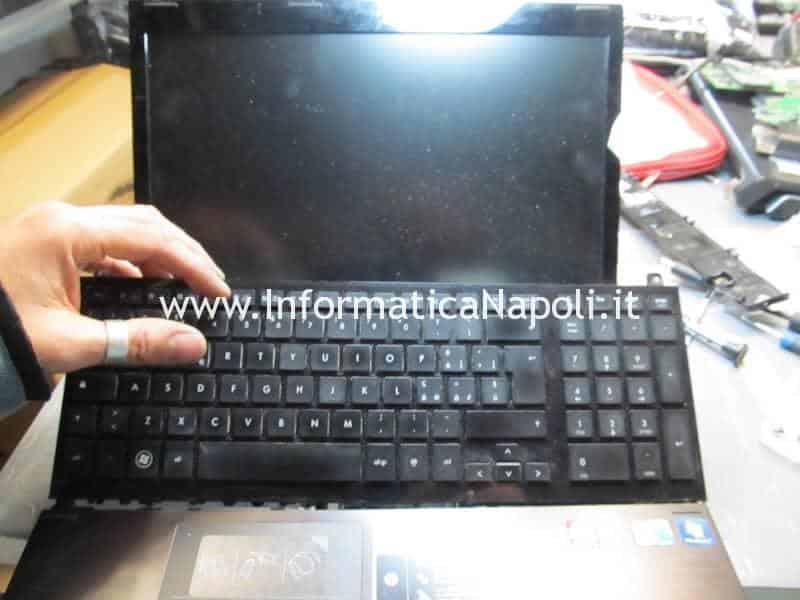 problema scheda video HP ProBook 4520s ATI Mobility Radeon HD 4330 5470 6370 216-0774207 schermo nero