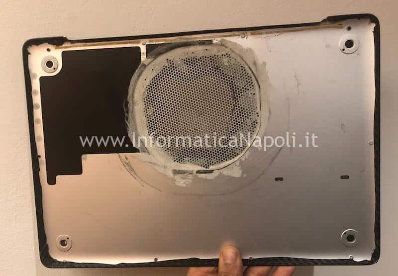 MacBook scocca bucata