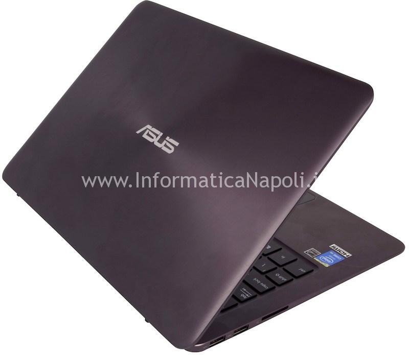 come riparare Asus ZenBook UX305 UX305FA