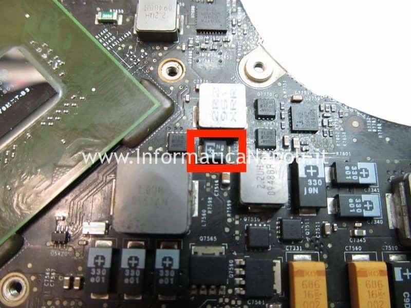 problemi macbook pro 17 2009 A1297 820-2610-A non si accende