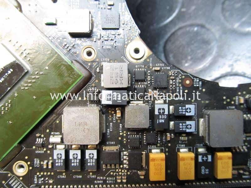 macbook pro 17 2009 A1297 820-2610-A non si avvia