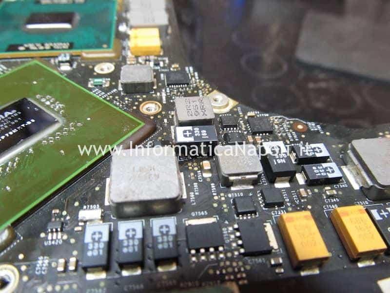 macbook pro 17 2009 A1297 820-2610-A non da segni di vita