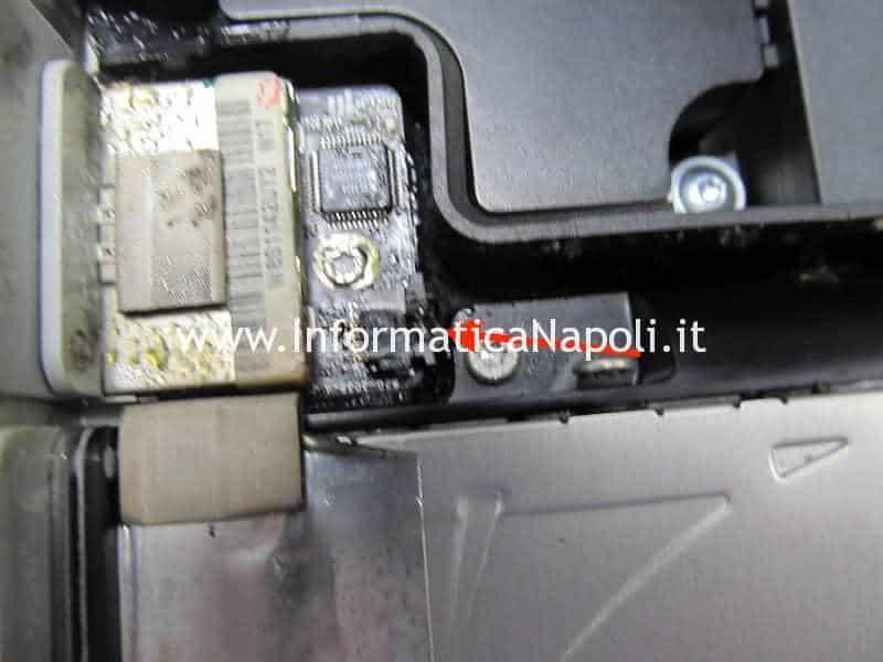 corto circuito causa sigaretta elettronica iMac A1311 A1312