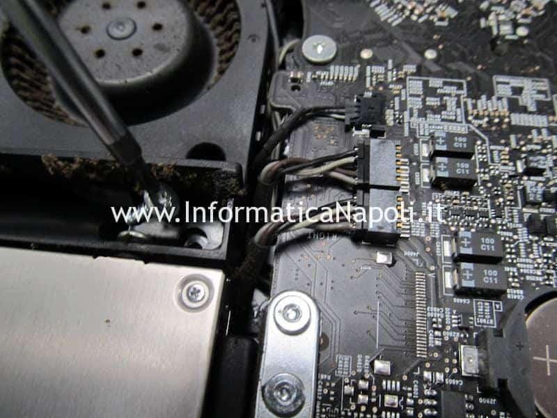 corto circuito sigaretta elettronica imac macbook