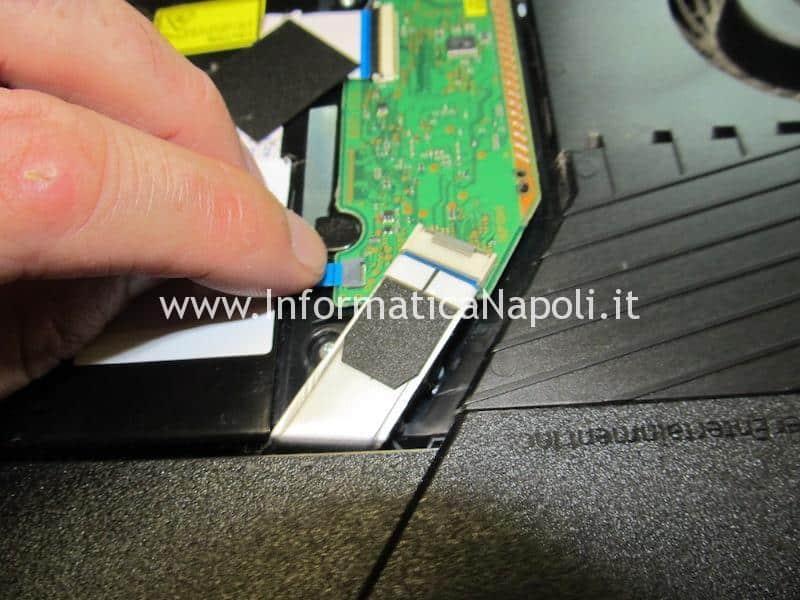 come aprire Playstation 4 PS4 CUH 1001A 1115A 1215A 2015A 7015A 7115