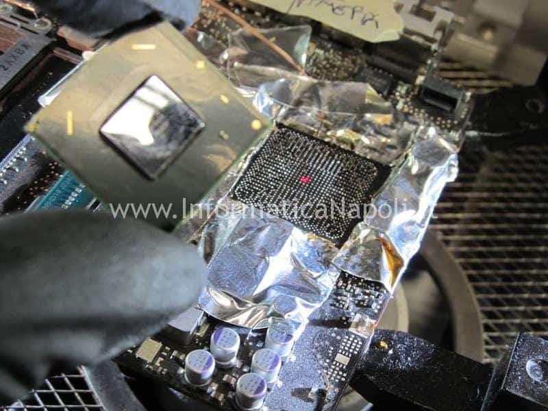 Lift reballing rimozione chipset Intel video MacBook Pro 13 a1278