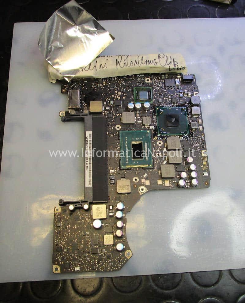 rimozione chipset GPU scheda logica A1278 MacBook pro 13