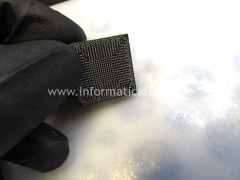 reballing chip macbok pro 13 a1278 righe blocchi chipset intel Mobile Intel HM77 Express