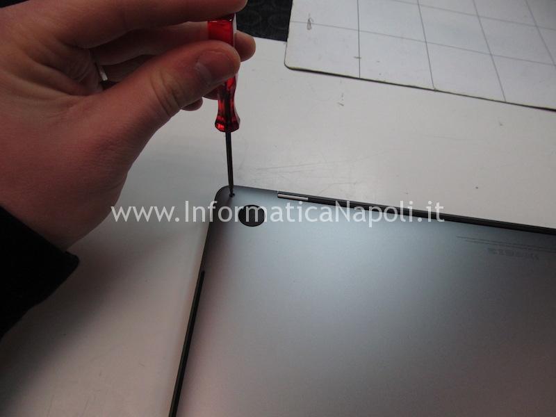 disassemblare aprire macbook pro 15 a1707 13 a1706 a1708 cambio tastiera