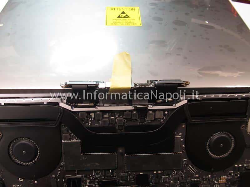 sostituzione flat display macbook pro touch bar A1707 A1708 A1706