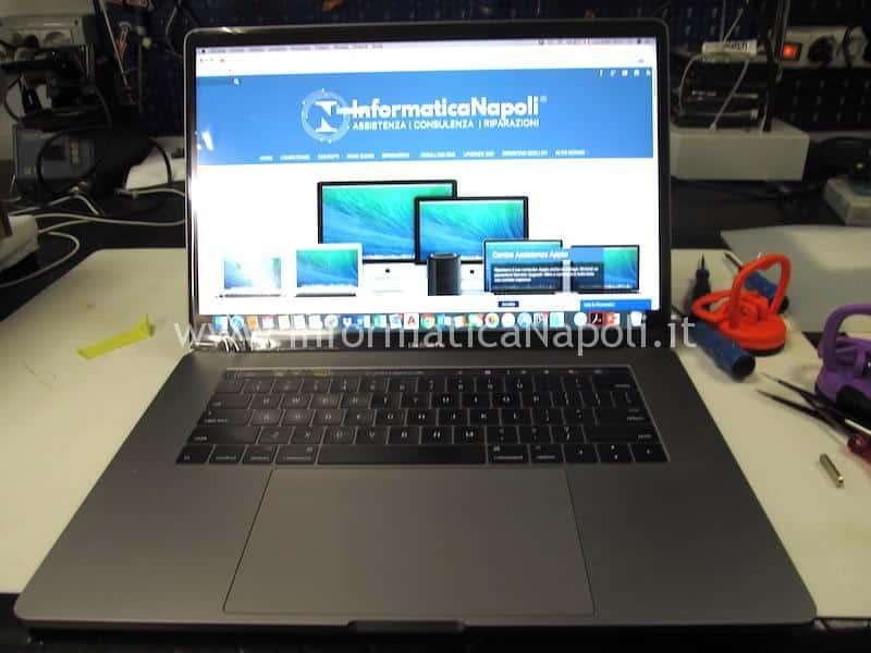 MacBook Pro 15 A1707 touch bar riparato funzionanteMacBook Pro 15 A1707 touchbar riparato funzionante
