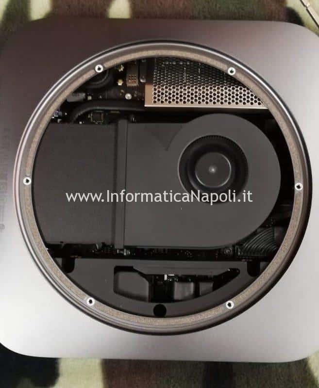scocca rimossa smontare aprire assistenza mac mini 2018 A1993 EMC 3213