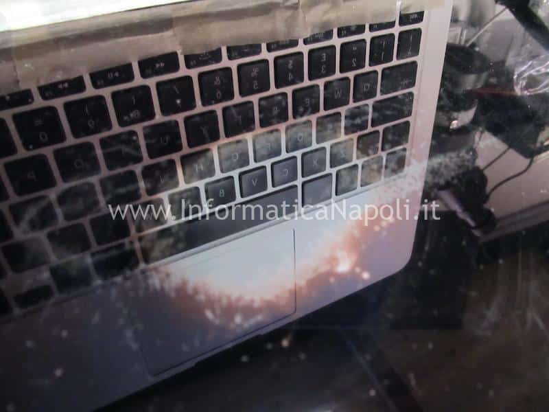 ripristinare e pulire patina antiriflesso macbook