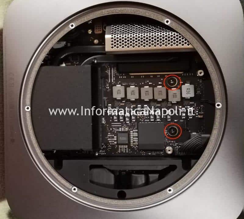 rimozioni viti fissaggio mac mini 2018 A1993 EMC 3213