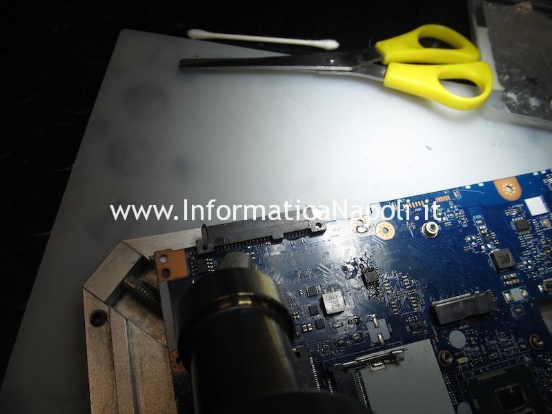 rimozione connettore SSD ES1-131-C273 ES1-111M-C8TM ES1-111-C40S ES1-331-C0BA