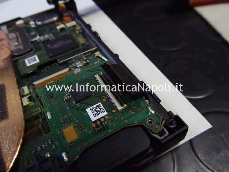 nintendo switch connettore usb-c rotto danneggiato da sostituire