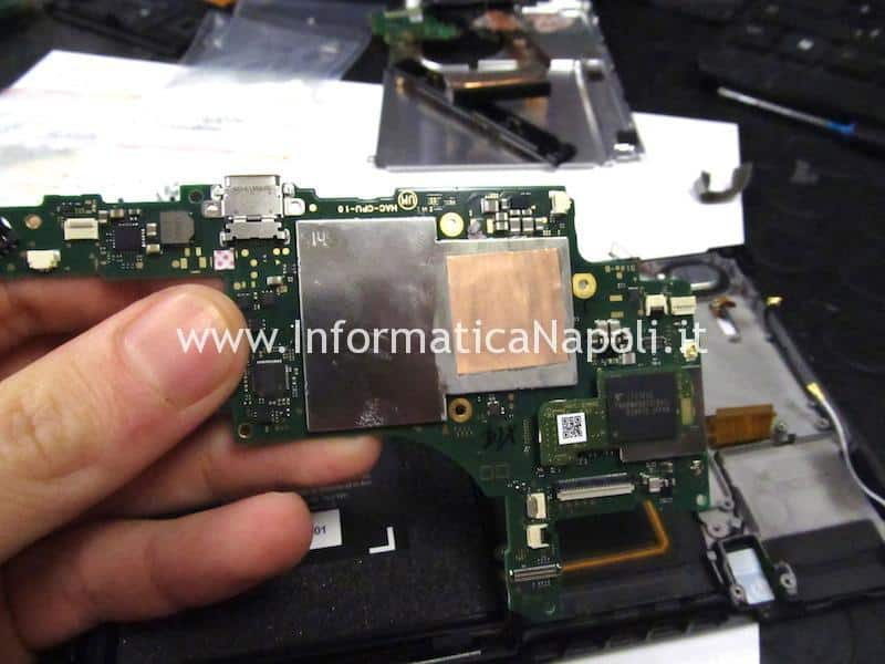 riparazione scheda madre Nintendo Switch HAC-001
