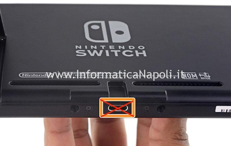 Nintendo Switch USB-C danneggiata non si può ricaricare