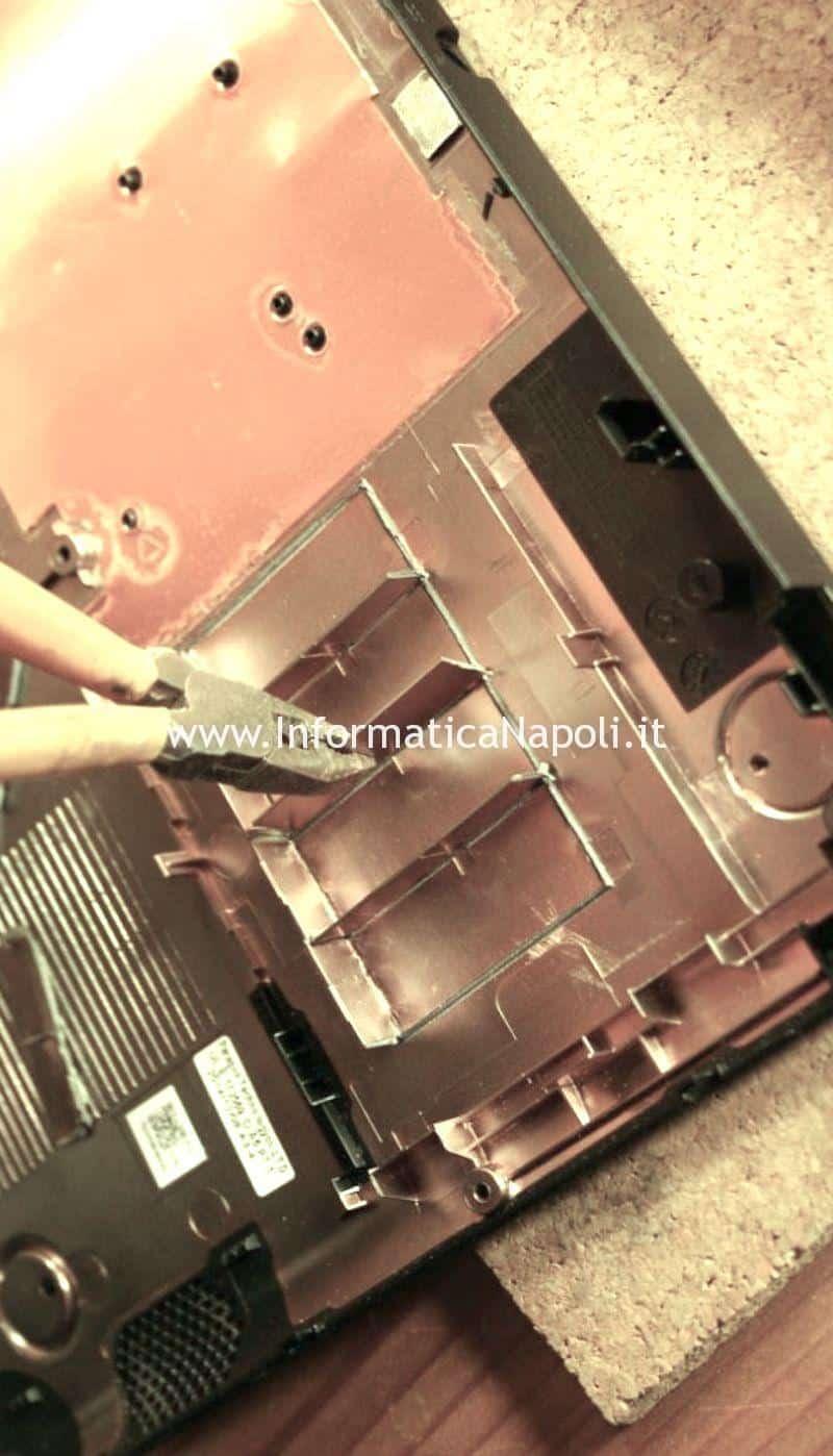 modifica plastica per installazione disco acer es1