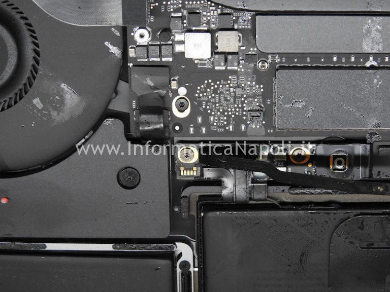 Danni da liquido | MacBook