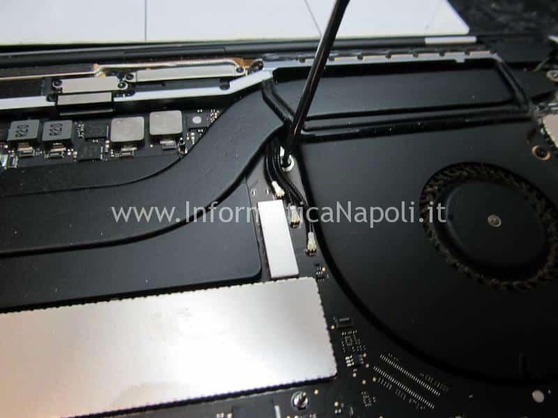 macbook pro 15 a1707 13 a1706 a1708 smontare tastiera ventola dissipatore