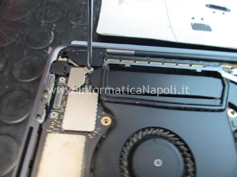 dove sostituire tastiera macbook pro 15 a1707 centro assistenza