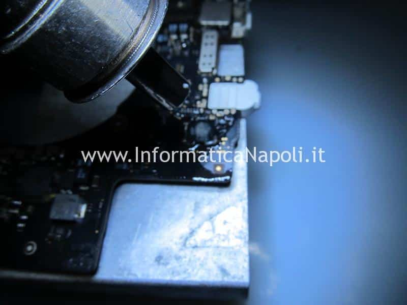 sostituzione chip audio macbook pro 15 retina A1398 2013 2014 2015
