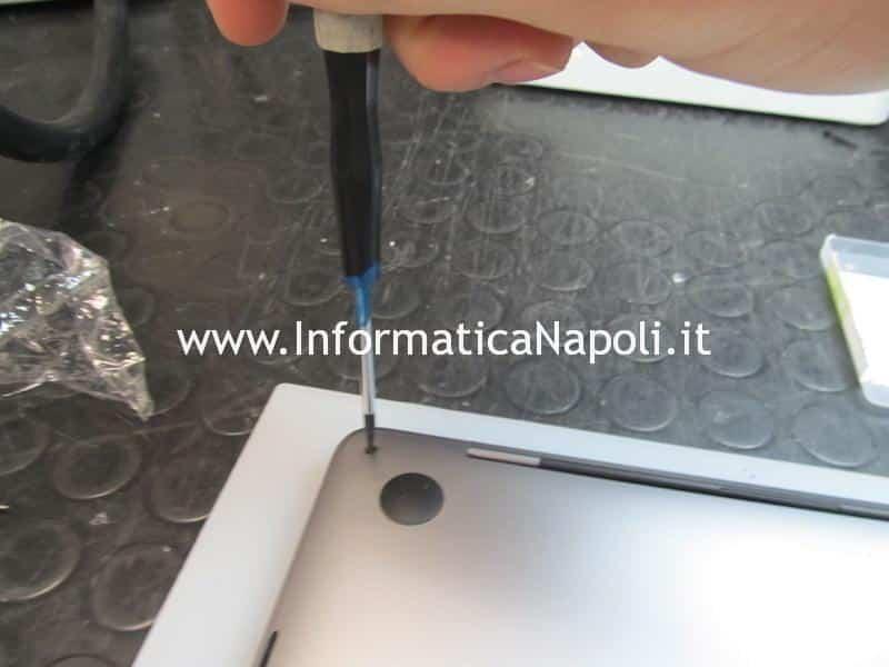 Sostituzione riparazione display TouchBar Touch Bar Apple MacBook Pro A1706 A1707