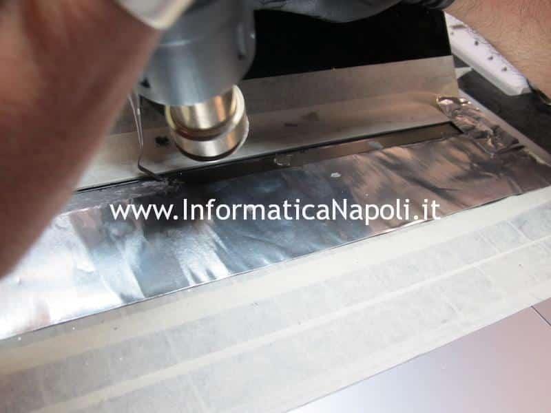 riparazione touchbar display Apple MacBook Pro A1706 A1707