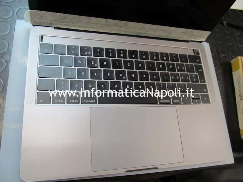 come riparare touchbar display Apple MacBook Pro A1706 A1707