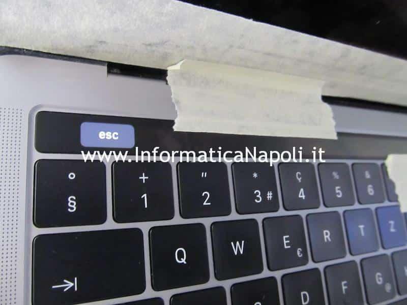 Apple MacBook Pro A1706 A1707 touchbar riparata