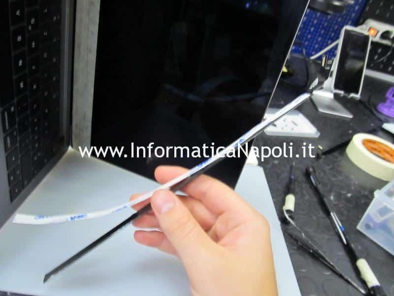Apple MacBook Pro A1706 A1707 touchbar e display sostituiti