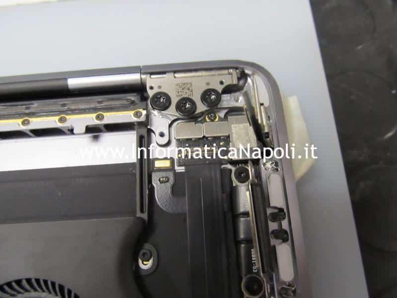 Apple MacBook Pro A1706 A1707 touch bar cambiata