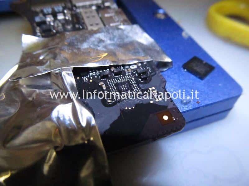 rimozione bga cirrus 4208-crz chip audio MacBook pro 15 retina A1398