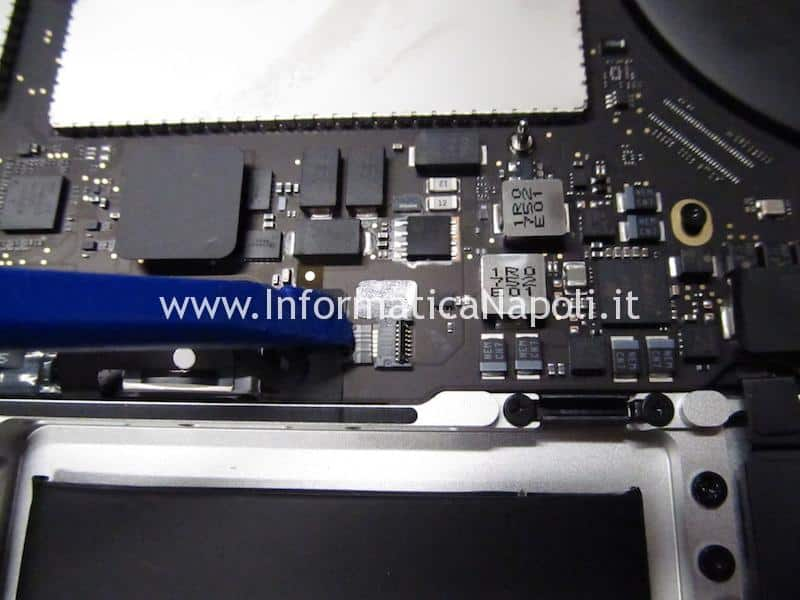 come recuperare dati SSD MacBook Pro 13 e 15 2016 | 2017 TouchBar