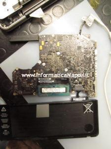 riparazione scheda logica macbook pro 13 che non carica batteria