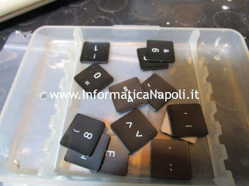 pulire e cambiare tasti esteri MacBook TouchBar A1707 A1706, non touchbar A1708 e MacBook 12 A1534