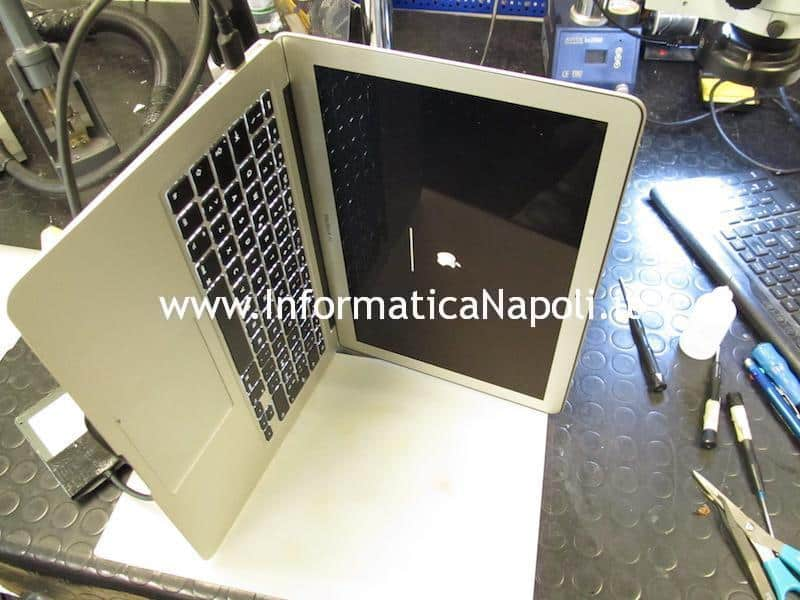 MacBook Air 13 A1466 A1369 820-00165-A 820-3209-A 820-3437-B 820-3023-A 820-2838-A U7701 MacBook Air 11 A1465 | A1370 820-3435-B A1370 820-2796-A riparato funzionante