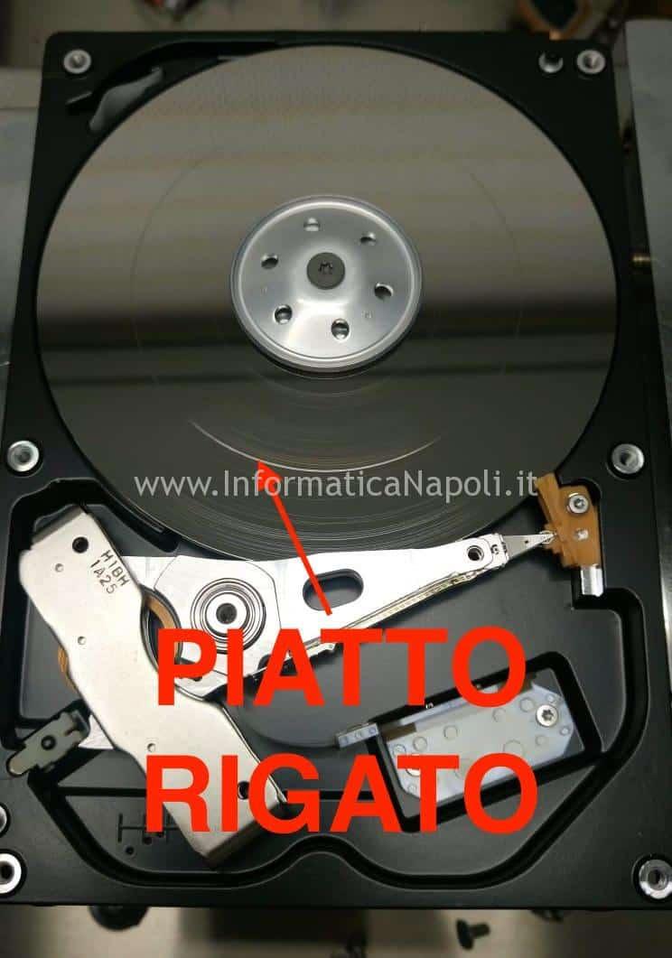 piatto hard disk distrutto 2