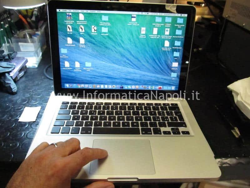MacBook Pro 13 A1278 820-3115-B 820-2936-B 2011 rallenta e va a scatti se alimentato solo a batteria