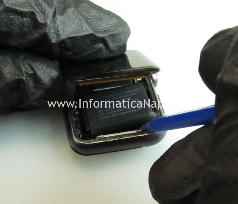 come rimuovere la batteria e display di un Apple watch Serie 1 | 2 | 3 | 4