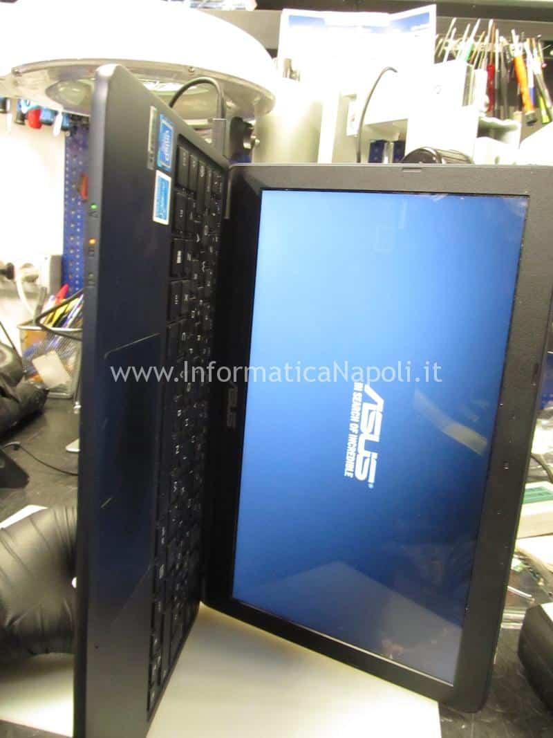 assistenza Asus VivoBook E200H carica batteria
