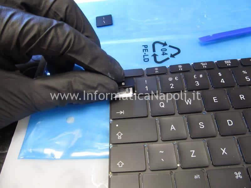 assistenza riparazione tastiera flat connettore danneggiata apple MacBook retina 12 A1534 2015 2016 2017