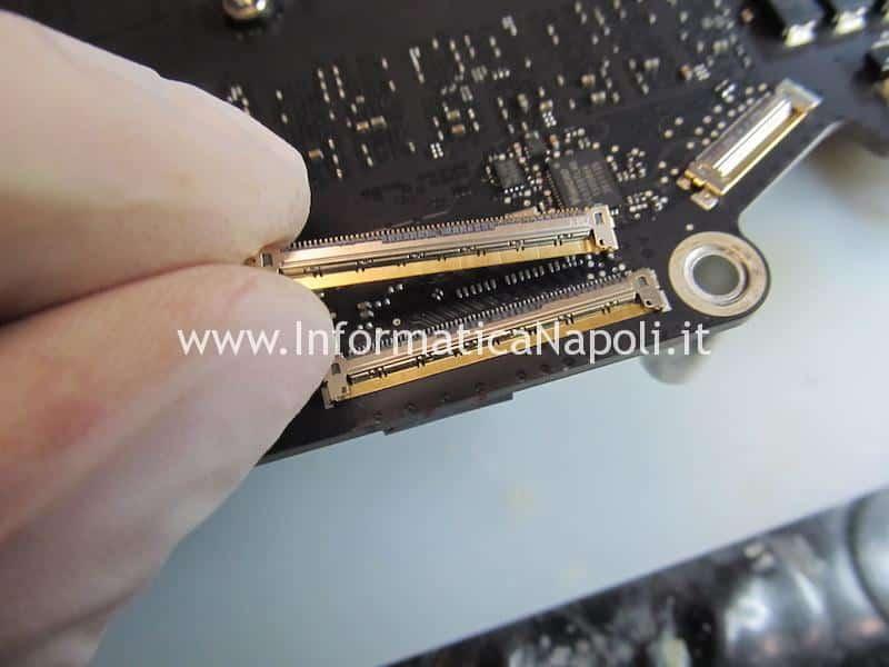sostituzione connettore video LVDS iMac 27 2014 2015 4k 5k 60 pin A1418 A1419 A2116 A2115