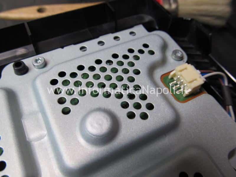 come risolvere problema pulizia rumore eccessivo ventola PS4 Pro playstation 4